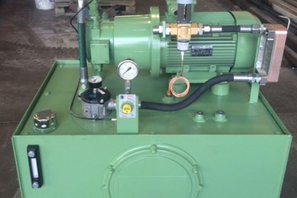 aggregat-hp2455D1279-B30D-47BB-9149-19634AF66D74.jpg